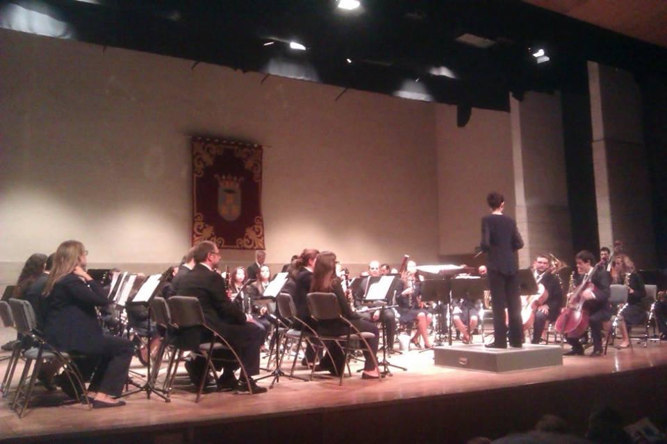 La Banda Simfònica de l`Artesana en la fira d'Albacete