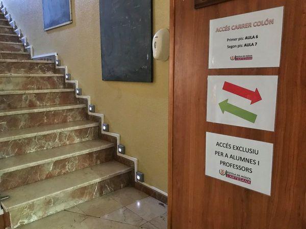 Escalera carrer Colón